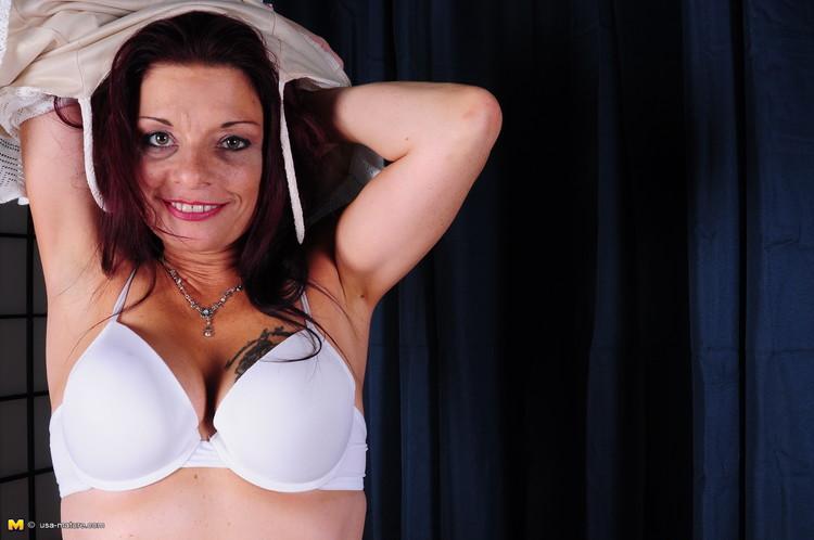Cfnm webcam penis comedian santa cock