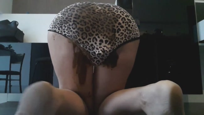 5_Days_Messy_Leopard_Panties.mp4.00000,