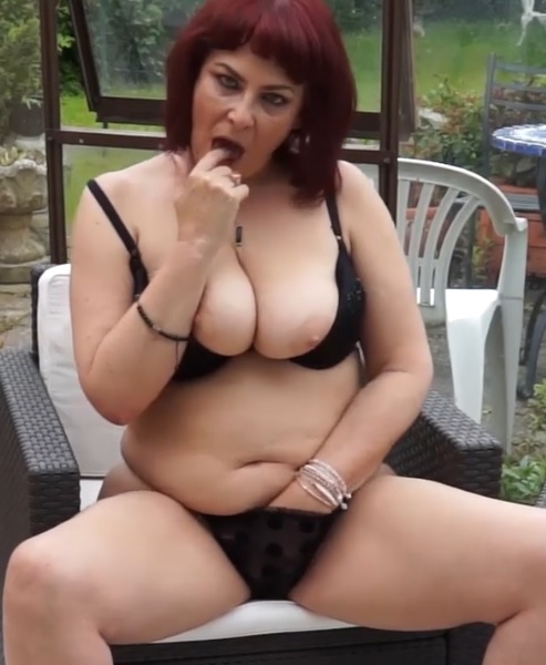 Chubby mature granny with big tits Savana has dildo sex alone aoutdoors