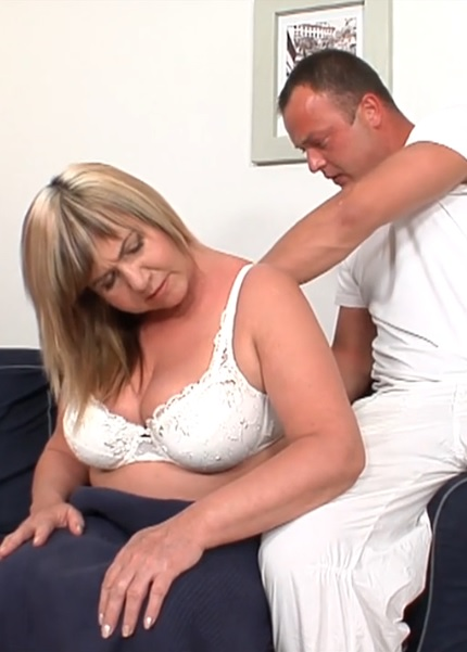 Cock craving mature slut Lily rides meaty cock in reverse cowgirl pose