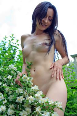 ra_maadrus_janelle_high_0051_s.jpg
