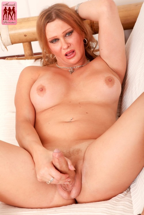 Re: Favorites among Transsexuals! Best Shemale video! ( Lady