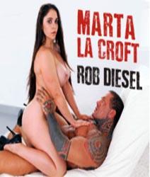 Marta La Croft-Curvas Épicas