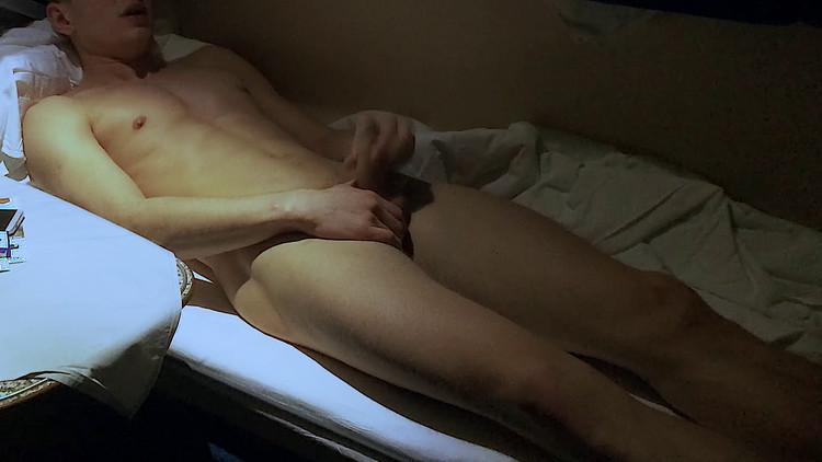 Mitya Chezz, Masturbation in the train 1,