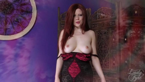 Lady Fyre – Seduced by Vampire Executrix