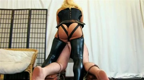 Cruel Mistresses – Lady Zita – Zita with huge strapon