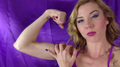 Janira Wolfe – Are You Looking At My Biceps