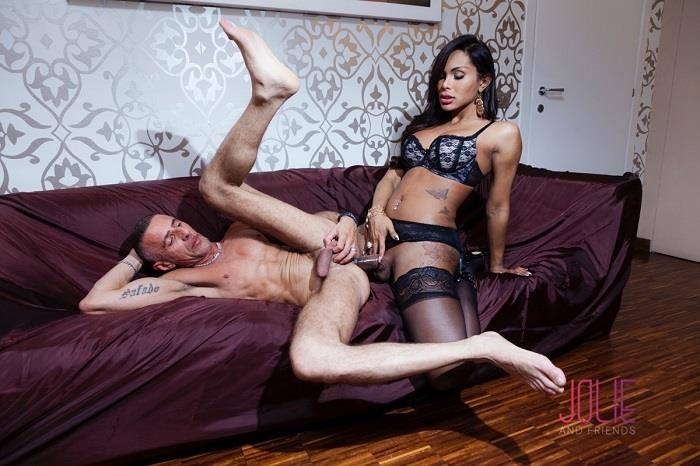 [JolieAndFriends] Beatrice Andrade, Raul Montana / Lust, Love and Luxury [Shemale, Hardcore, Big Dick, Shemale Fucks Guy, Anal, Or…