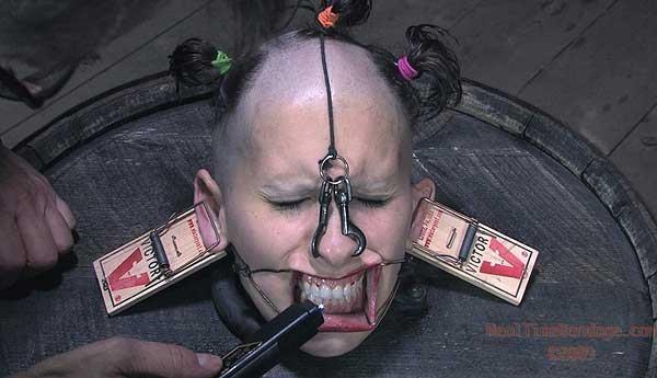 [BDSM] [realtimebondage] Head Games featuring Marina (September 12 2009) [2009, BDSM, DVDRip]
