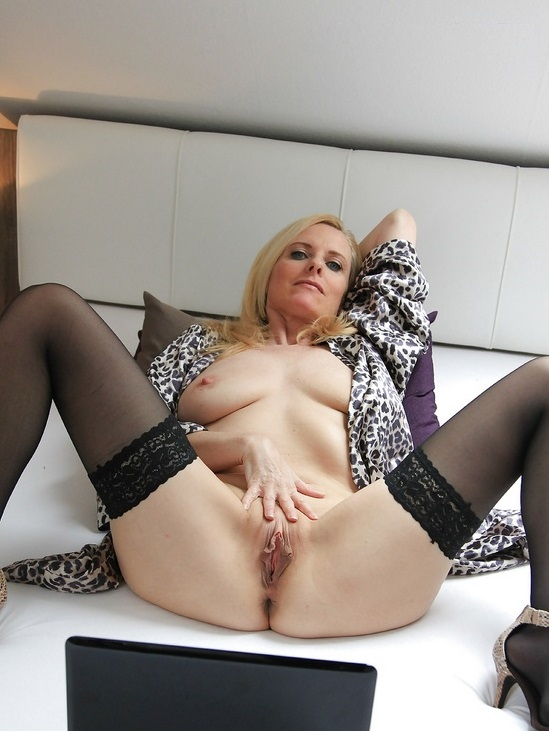 Mature sex in girdles