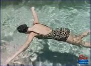 162,8 MB | McKenzee Miles - Vintage Leopard Print Swim Suit | mp4 | 00:14:04 | 640x480