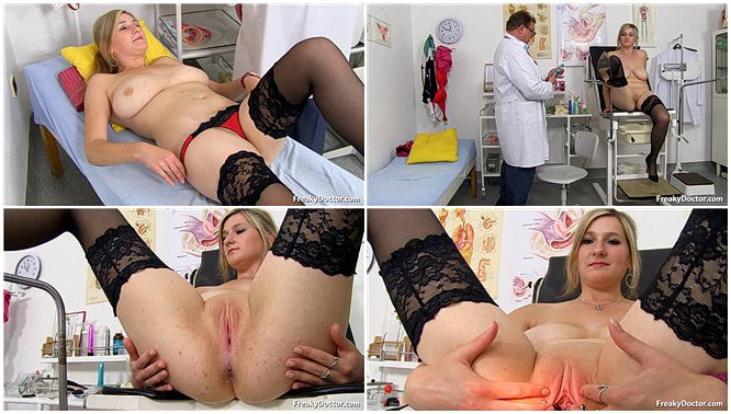 Oral creampie during menstruation33981435