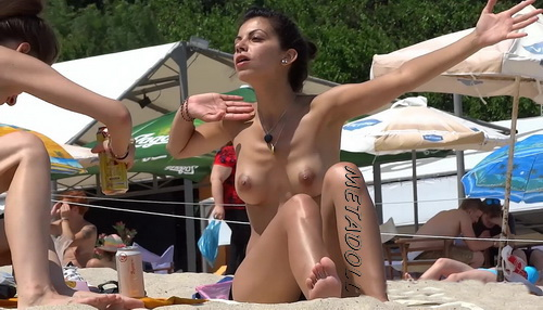 [Image: BeachCh15029-15037a.jpg]