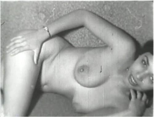 http://ist3-7.filesor.com/pimpandhost.com/9/6/8/3/96838/5/c/O/E/5cOEX/VintageCuties047_cover_m.jpg