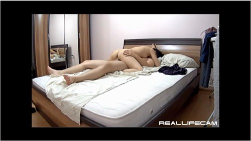 http://ist3-7.filesor.com/pimpandhost.com/9/6/8/3/96838/5/d/5/Z/5d5Zy/Reallifecam104_cover_m.jpg