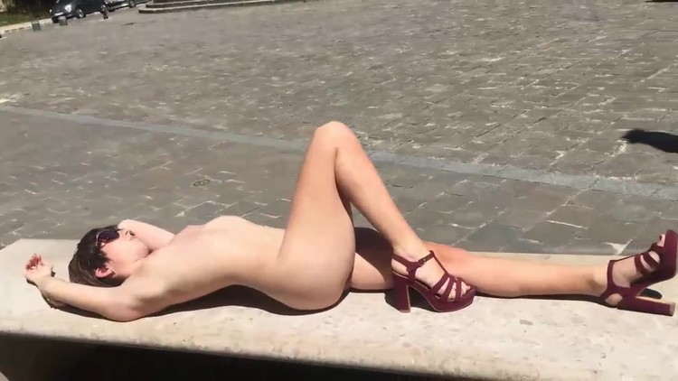 Nude_in_public_places_all_over_the_world.mp4.00002,