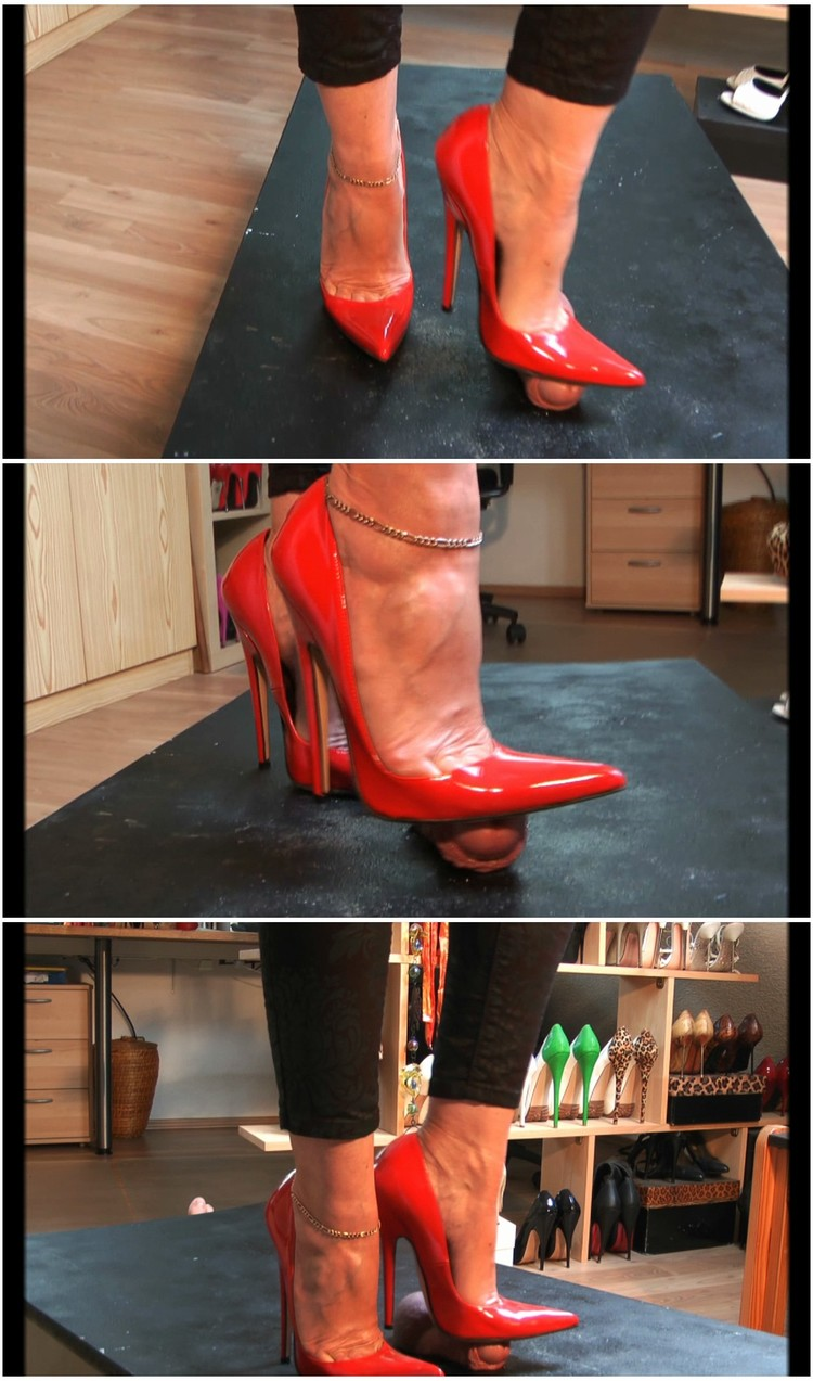 footjob-with-high-heels-1260_cover,